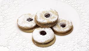 Powder Linzer Cookie